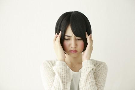 ミネラルウォーターは頭痛に効く