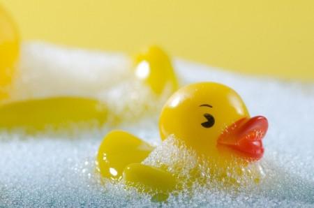 お風呂のお湯を水素水に変えて乾燥などのトラブルを解消する