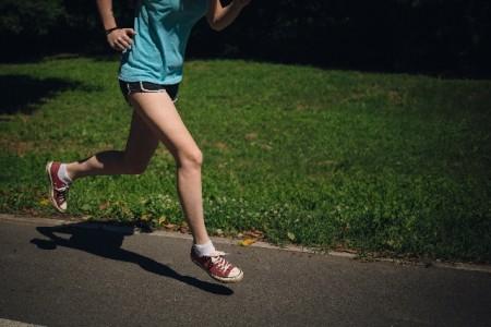 運動時に水素水を摂取し疲労を減らそう