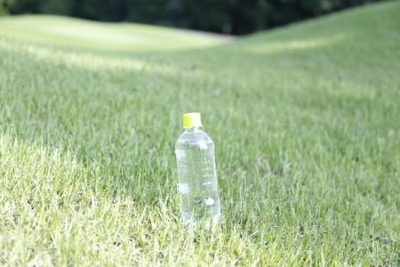 赤ちゃんは熱中症にかかりやすいためこまめな水分補給が必要