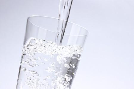 ウォーターサーバーの水は安全な物を選びましょう