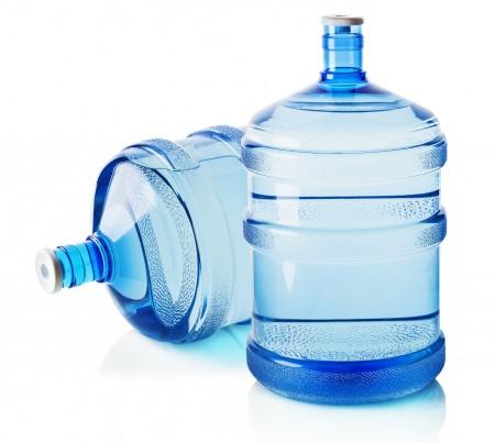ウォーターサーバーのボトルの再利用はコストカットに繋がる