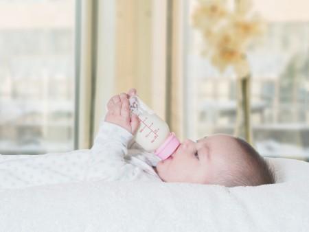 ウォーターサーバーなら赤ちゃんのミルク作りが簡単