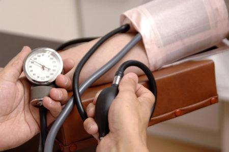 水分補給で低血圧を改善する