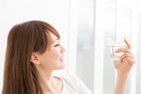 水素水は肌荒れに効果的